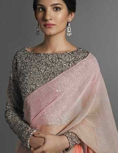 Full sleeves blouse designs look really nice and it doesn't matter what body type you have. Here we've compiled these latest long saree blouse designs Blouse Back Neck Designs, Sari Blouse Designs, Fancy Blouse Designs, Blouse Patterns, Skirt Patterns, Coat Patterns, Dress Designs, Sewing Patterns, Stylish Sarees