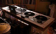 false cognate: dj furniture and final scratch Vinyl Record Cabinet, Vinyl Record Storage, Music Studio Room, Studio Setup, Dj Kit, Dj Table, Tables, Dj Stand, Discos