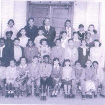 1946 Rosenwald School-Reconstruction &The Colored Institutions segregated school class.1st row- Margaret Smoot,Barbara Moore,Marion Pinkard,James Butler,Bernice Allen,Grace Murray,Shirley Smith,Jackie Doores,Barbara Hughes,Ted Smoot,Marion White,Georgia Preston,George Stevens.Scott Campbell,Ann Jolley,; Betty Morton,3rd row-Erva Curtis,Ann Green,James Smith,Carol Foster,Barbara Joynes,Mary Craig,4th row-Mary Worth, Harringon Harris,Teacher-Walter Green,Lucian Yates,Pauline Shorts,Aretha…