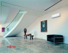 Hall climatizado con aires acondicionados de la gama Hogar.