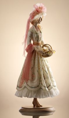 """March  The author of dolls - Alexandra  Kukinova  """"Alexandra"""" Company was created in 1989 in Moscow . Company """"Alexandra"""" creates exquisite hand made porcelain art collection and souvenir dolls, which are fulfilled with historical reliability, unexcelled mastery and top quality.  english.alexandra.ru"""