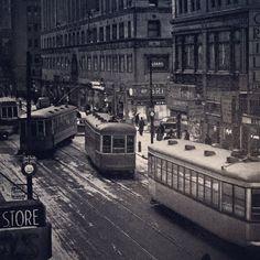 Tramways sur la rue Ste-Catherine vers l'est regardant sur la rue Stanley en 1944.  Archives de Montréal  VM94-Z1818 .  #514 #mtl #yul #montreal #montréal #montréaljetaime #streetsof514 #montreallife #jaimemtl #cinqcentquatorze #mtlmoments #archives #history#archivesmtl Quebec Montreal, Montreal Ville, Photos Du, Old Photos, Tramway, Canada Eh, The Province, Urban, Public Transport