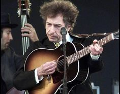 A Bob Dylan il Premio Nobel per la letteratura. De Gregori: 'Non è mai troppo tardi' - http://www.sostenitori.info/bob-dylan-premio-nobel-la-letteratura-de-gregori-non-mai-tardi/259066