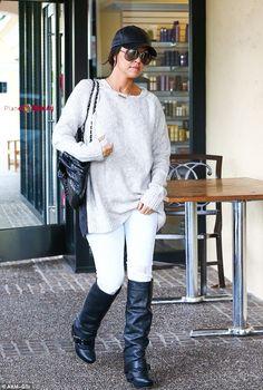 Kourtney Kardashian + boots