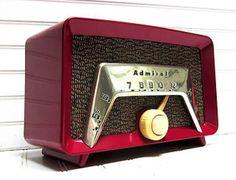 Vintage Red Admiral Bakelite Tube Radio