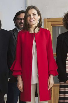 Queen Letizia of Spain Photos Photos - Queen Letizia of Spain attends the proclamation of the winner of the '2017 Princess of Girona Foundation' Social category at El Hueco coworking on March 30, 2017 in Soria, Spain. - Queen Letizia Receives 'Fundacion princesa De Girona 2017' Award Winner in Soria
