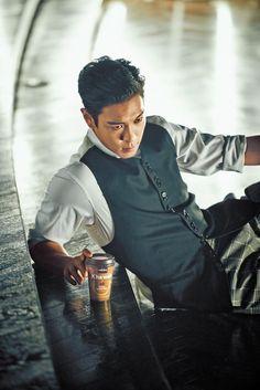 TOP (Choi Seung Hyun) ♕ // French Cafe him and coffee? Seungri, Top Bigbang, Bigbang Vip, Kpop, Sung Hyun, Gd And Top, Top Top, G Dragon Top, Top Choi Seung Hyun