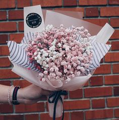 So in love with today baby breath bouquet for a customer. Mix of pink hues and…