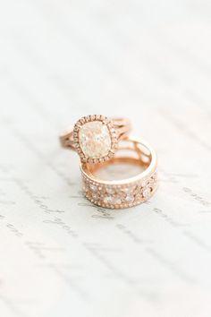 Rose gold engagement ring: Photography: Corina V. - http://corinavphotography.com/