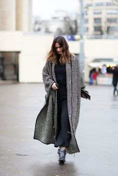 Here's proof that a blanket coat (or blanket scarf!) can finish off an outfit — comfortably.