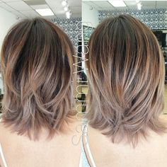 Hair Color Trends 2018 – Highlights Prachtige halflange kapsels met Balayage highlights Discovred by : Jo Amato Medium Hair Cuts, Short Hair Cuts, Medium Hair Styles, Short Hair Styles, Medium Cut, Medium Layered, Hair Day, New Hair, Pretty Hairstyles