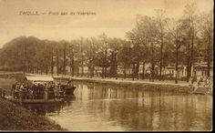 Het pontje over de Willemsvaart aan de Veerallee, ca. 1925. Op 15 december 1964 werd het pontje uit de vaart genomen