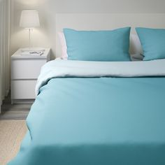 IKEA - DVALA, Duvet cover and pillowcase(s), blue, Concealed snaps keep the duvet in place. Includes: 1 Full/Queen (Double/Queen) duvet cover and 2 pillowcases. Blue Duvet, Red Bedding, Red Duvet Cover, Duvet Cover Sets, Quilt Cover, King Duvet, Queen Duvet, Contemporary Bed Linen, Modern Contemporary