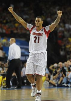 Johnny Crawford Louisvilles Chane Behanan (21) celebrates after winning the 2013 NCAA Division 1 Mens National Championship Game.