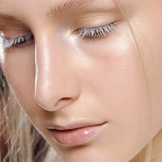White lashes.  Someone tell me where to get white mascara that's not flipping expensive!