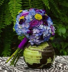 Flowers Hydrangea and Rose bouquet
