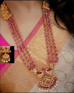 Gold Jewelry Design In India Gold Jewelry For Sale, Real Gold Jewelry, Ruby Jewelry, India Jewelry, Gold Jewellery Design, Temple Jewellery, Cz Jewellery, Antique Jewellery, Jewelry Shop