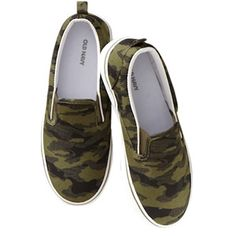 Jasper needs these. He loves anything camo! #backtoschoolspecials http://oldnavy.promo.eprize.com/pintowin/ Pin it to win it!