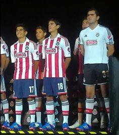 Nuevos uniformes Chivas