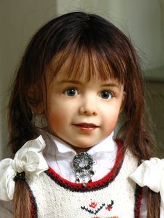 Sissel Skille Dolls | Description Sissel Bjørstad Skille Doll 10.jpg