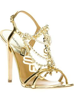 Shop designer sandals for women at Farfetch and find Valentino, Gucci and Saint Laurent. Pretty Shoes, Beautiful Shoes, Fashion Shoes, Fashion Accessories, Girl Fashion, Shoe Boots, Shoes Heels, Gold Heels, Christian Louboutin