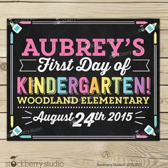 Items similar to First Day of Preschool Chalkboard Sign Printable - Girl Day of Preschool Sign - Day of School Chalkboard Poster Back to School Sign on Etsy School Date, 1st Day Of School, School Chalkboard, Chalkboard Poster, School Grades, 5th Grades, 3 Year Old Preschool, Back To School Party, Kindergarten First Day