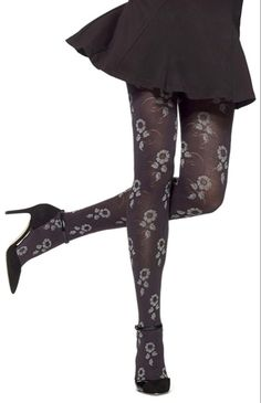 Hue Flower Vine Tights - See more tights at www.fashion-tights.net ‪#tights #pantyhose #hosiery #nylons #fashion #legs‬ #legwear #advertising #influencer #collants