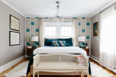 Sarah and Keith incorporate different styles without adhering to one specific aesthetic. Their New England home is a mix of traditional, rustic and Chinoiserie-inspired elements.