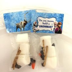'Do You Wanna Build a Snowman' Candy Party Favor Kits (Cards with Bags)