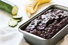 Chocolate zucchini banana bread is dense and moist. Filled with chocolate chips, it's the perfect bread to eat any time of day! Zucchini Banana Bread, Chocolate Zucchini Bread, Best Banana Bread, Quick Bread Recipes, Banana Bread Recipes, Cooking Recipes, Perfect Food, Clean Eating Snacks, Healthy Eating
