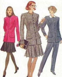 90s Vogue Sewing Pattern 8207 Womens Below Hip by CloesCloset
