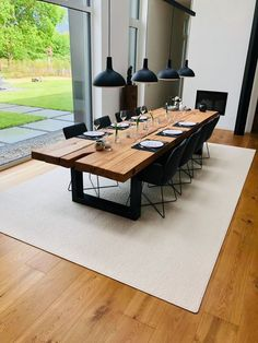 Table cover yourself! Table cover yourself! Please take a seat, because we have plenty of it! Table cover yourself! Table cover yourself! Please take a seat, because we have plenty of it! Decor, Dining Room Design, Dining Room Table, Home Living Room, Modern Dining, House Interior, Farmhouse Dining, Dining, Dining Table