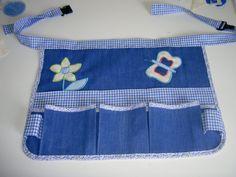 j'ai voulu faire une ceinture de jardinier mais vu les couleurs claires je vais l'utiliser en tablier de couture .La prochaine sera une ceinture de jardinier dans un tissu plus foncé.