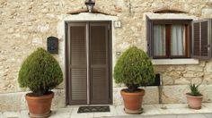 2 persiane Innesto: una porta finestra ed una finestra.