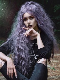 22 Best Honey Brown Hair Color Ideas for Light or Dark Hair in 2019 - Style My Hairs Face Shape Hairstyles, Frontal Hairstyles, Pretty Hairstyles, Witchy Hairstyles, Gothic Hairstyles, Scene Hairstyles, Long Thin Hair, Long Emo Hair, Funky Long Hair