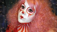 We loooveGoldiestarling…Even when she's a creepy clown (ESPECIALLY when she's a creepy clown)! Check her out in Sugarpill Love+ and Porcelain false eyelashes.