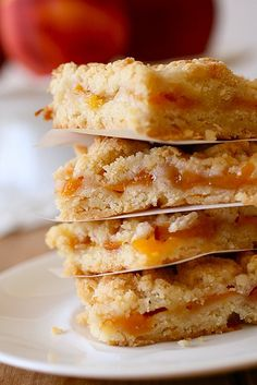 Peach Crumb Bars - You can easily substitute the peaches with strawberries, raspberries, apples, etc.