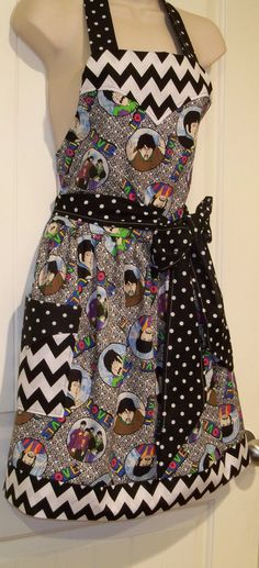 Womens Vintage legends Beatles Apron A by TheSewingPassionista, $30.00    SO FREAKING CUTE
