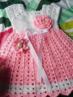I Found These Elegant Crochet Bags . I Crochetbag - Crochet Tutorial - Best Knitting Crochet Baby Dress Pattern, Baby Dress Patterns, Baby Girl Crochet, Crochet Baby Clothes, Baby Dress Tutorials, Crochet Patterns, Knitting Patterns, Crochet Beanie, Knit Crochet