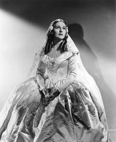 """Joan Fontaine en """"Alma Rebelde"""", 1943"""