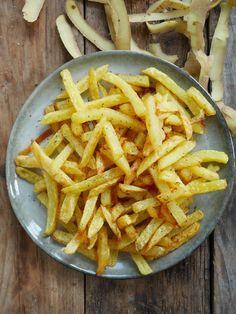 Frites pas grasses et légères: le secret dévoilé - bratkartoffeln haus Stewed Tomatoes, French Fries, Healthy Tips, Cravings, Detox, Food And Drink, Nutrition, Dishes, Vegetables