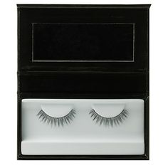 Kevyn Aucoin Lash Collection, The Ingenue. A professional quality set of hand-made faux eyelashes. A collection of two styles to fit your desired look. Black Eye Makeup, Eye Makeup Tips, Makeup Tools, Makeup Brushes, Faux Lashes, Fake Eyelashes, Kevyn Aucoin Makeup, Eyelash Serum, Mascara Tips