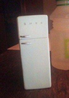 how to: mini Smeg refrigerator