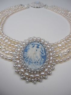 Freshwater pearls and swarovski crystals sewn on high quality white leather around antique cameo. Cameo Jewelry, Pearl Jewelry, Antique Jewelry, Vintage Jewelry, Jewelry Necklaces, Cameo Necklace, Jewellery, Pearl Bracelets, Pearl Rings