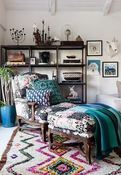 Mix and Chic: Home tour- A celebrity jewelry designer's quirky bohemian home!