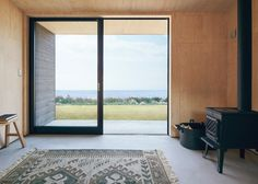 Muji Hut, a tiny prefab timber cabin for a minimalist living Prefab Cabins, Prefabricated Houses, Prefab Homes, Tiny Homes, Tiny Cabins, Cabin Design, Tiny House Design, Maison Muji, Casa Muji
