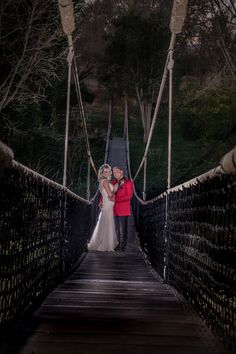 Gauteng Wedding, Portraits & Event Photographer Capturing adventurous love stories, events and portraits allover South Africa since Based in Boksburg, Gauteng. Event Photographer, Brooklyn Bridge, Love Story, Our Wedding, Africa, Wedding Photography, Weddings, Adventure, Portrait