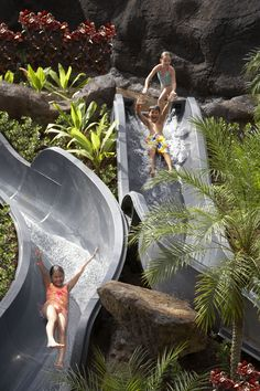 How long has it been since you've taken a ride on a pool slide? Discover fun for the whole family at #Hilton Hawaiian Village Waikiki Resort. I know Scarlett can't wait for this!