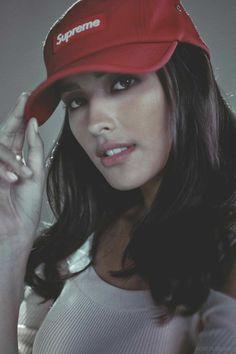#LizaSoberano Most Beautiful Faces, Beautiful Person, Beautiful Gorgeous, Beautiful Women, Filipina Actress, Filipina Beauty, Liza Soberano, Prity Girl, Cap Girl