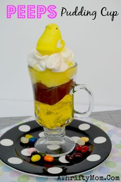 Peeps Pudding Cup Dessert ~ Quick and Easy Easter Dessert - A Thrifty Mom - Recipes, Crafts, DIY and Easy Easter Desserts, Easter Recipes, Easter Ideas, Holiday Recipes, Holiday Ideas, Easter Games, Easter Food, Easter Bunny, Easter Eggs